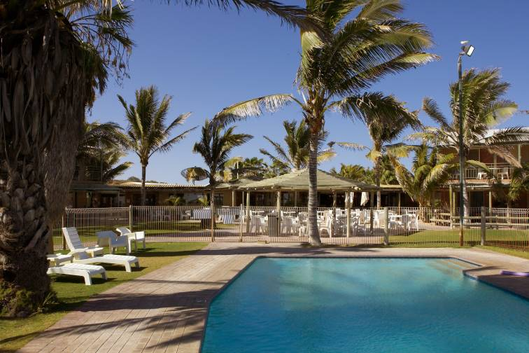 Coral Bay: Ningaloo Reef Resort (sleeps up to 8)